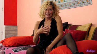 Do you want to go a swinger club with me – AnneSwinger