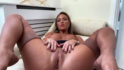 Gorgeous Woman Moaning So Hard! – Natalia Forrest