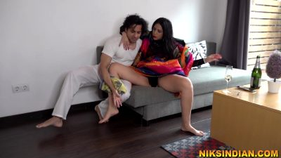 Servant Ramu Fucked The Crazy Milf – Sex Movies Featuring Niks Indian