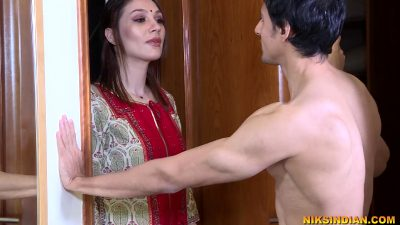 Young Tenant Ass Fucks Horny Milf Landlady Mrs Sahni – Sex Movies Featuring Niks Indian