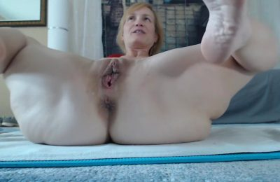 Aurorawillows Horny Large Labia Milf Doing A Pvt C2c Show